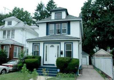 Queens Village Single Family Home For Sale: 104-38 212th St