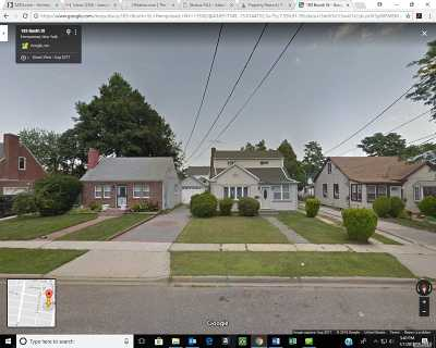 Hempstead Single Family Home For Sale: 183 Booth St