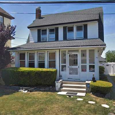 Woodmere Single Family Home For Sale: 1110 Ward Pl