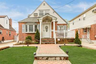 Floral Park Single Family Home For Sale: 85-76 263rd St
