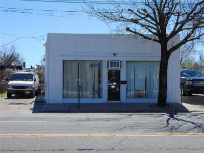 Nassau County Commercial For Sale: 654 W Merrick Rd