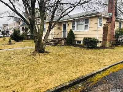 Copiague Single Family Home For Sale: 146 Jervis Ave