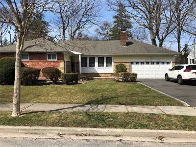 Glen Head Single Family Home For Sale: 81 N Plymouth Dr