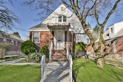 Bayside Single Family Home For Sale: 36-34 218th St