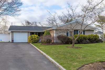Stony Brook Single Family Home For Sale: 5 Pheasant Ct