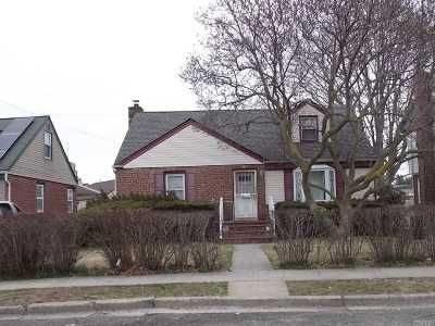 Queens County, Nassau County Single Family Home For Sale: 72 Lawrence St