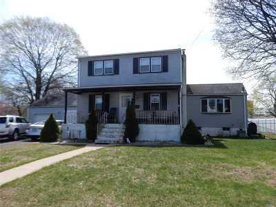 W. Babylon Single Family Home For Sale: 923 11th St
