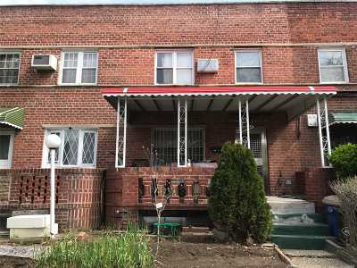Flushing Single Family Home For Sale: 153-15 58 Rd