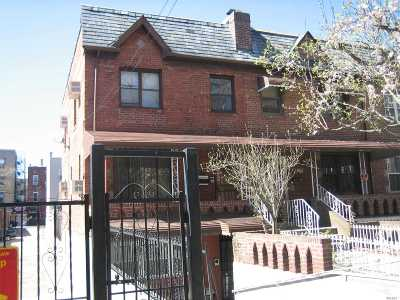 Astoria, Long Island City, Sunnyside, Middle Village, Jackson Heights, Woodside Multi Family Home For Sale: 23-88 Crescent St