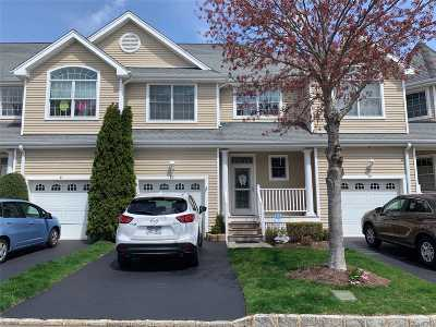 E. Setauket Condo/Townhouse For Sale: 80 Brianna Dr