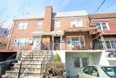 Maspeth Single Family Home For Sale: 67-37 52nd Ave