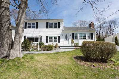 Farmingville Single Family Home For Sale: 419 Blue Point Rd