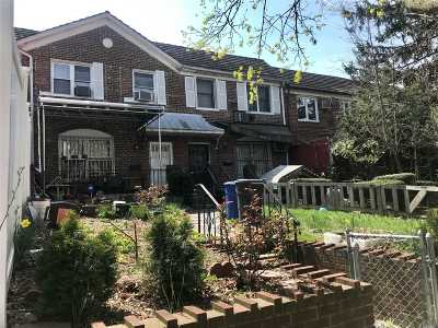 Flushing Single Family Home For Sale: 136-74 71 Rd