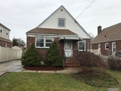 Queens County, Nassau County Single Family Home For Sale: 123 Florence Ave