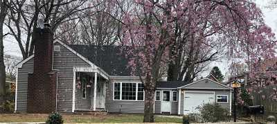 E. Northport Single Family Home For Sale: 63 Harrison Dr