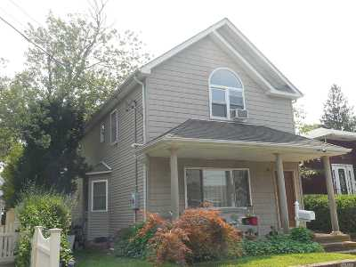 Merrick Single Family Home For Sale: 61 3rd Ave
