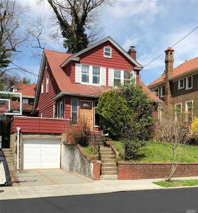Little Neck Single Family Home For Sale: 249-67 Beechknoll Ave