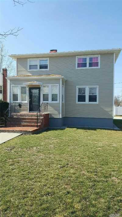 Baldwin Single Family Home For Sale: 3184 Eastern Parkway