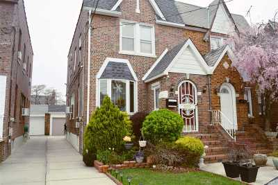 Floral Park Single Family Home For Sale: 9430 239th St