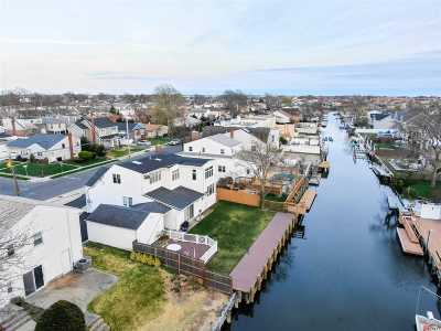 Oceanside NY Single Family Home For Sale: $625,000