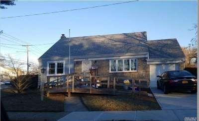 Roosevelt Single Family Home For Sale: 36 Catlin Ave