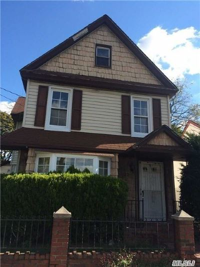 Roosevelt Single Family Home For Sale: 22 Horace Ave