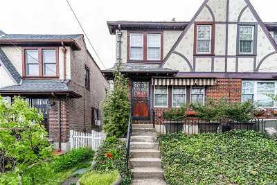 Forest Hills Single Family Home For Sale: 671-07 Clyde St