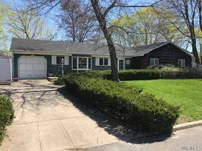 S. Setauket Single Family Home For Sale: 49 Balin Ave