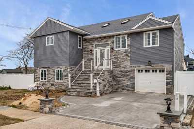 Freeport Single Family Home For Sale: 603 Miller Ave