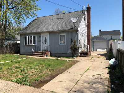 Nassau County Single Family Home For Sale: 347 Clarendon Rd