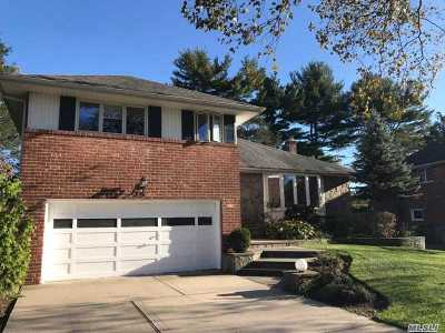 Syosset Single Family Home For Sale: 25 Coventry Rd