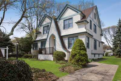 Freeport Single Family Home For Sale: 340 Southside Ave