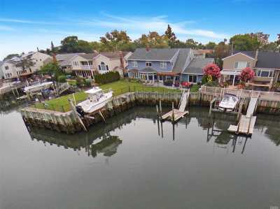 Merrick Single Family Home For Sale: 3182 Hewlett Ave