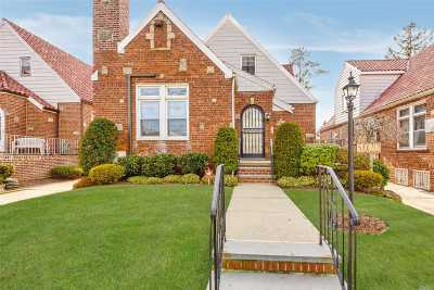 Fresh Meadows NY Single Family Home For Sale: $1,188,000