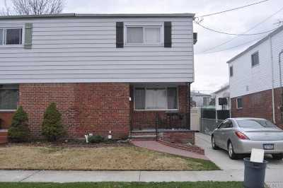 Single Family Home For Sale: 64-12 137th St