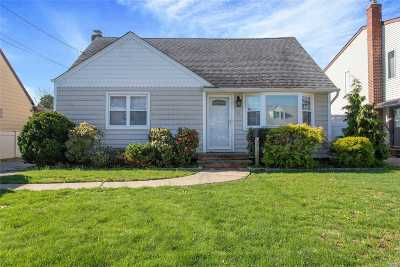 Nassau County Single Family Home For Sale: 63 Virginia Ave