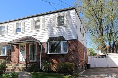 Single Family Home For Sale: 40-02 202nd St