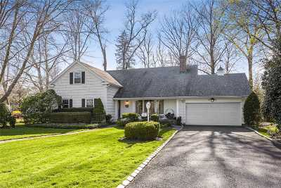 Nassau County Single Family Home For Sale: 3 Barnes Ln