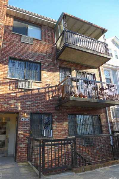 Elmhurst Condo/Townhouse For Sale: 9218 50th Ave. #3B
