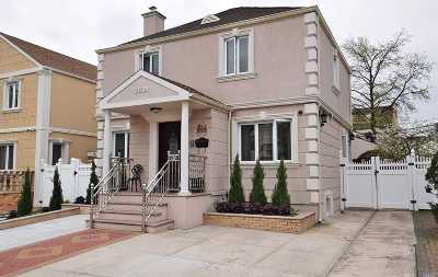 Fresh Meadows Single Family Home For Sale: 76-31 173 St