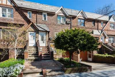 Astoria Multi Family Home For Sale: 32-85 46th St