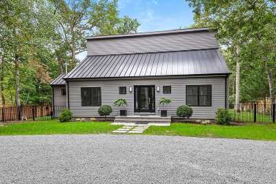 East Hampton Single Family Home For Sale: 32 Manor Ln