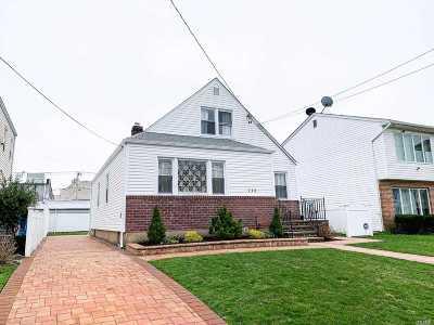 Mineola Single Family Home For Sale: 115 Arlington St