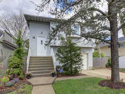 Island Park Single Family Home For Sale: 41 Georgia Ave