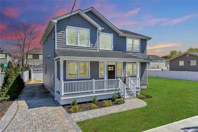 N. Bellmore Single Family Home For Sale: 119 Liberty Ave