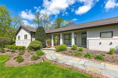 Muttontown Single Family Home For Sale: 5 Circle Rd