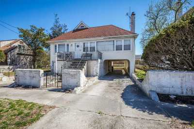 Atlantic Beach Single Family Home For Sale: 126 Cayuga Ave