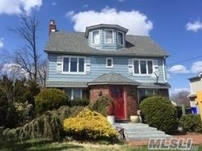 Baldwin Single Family Home For Sale: 53 Cornwell Ave