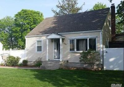 Copiague Single Family Home For Sale: 240 Maple Ct