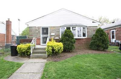 Fresh Meadows Single Family Home For Sale: 196-34 51st Ave